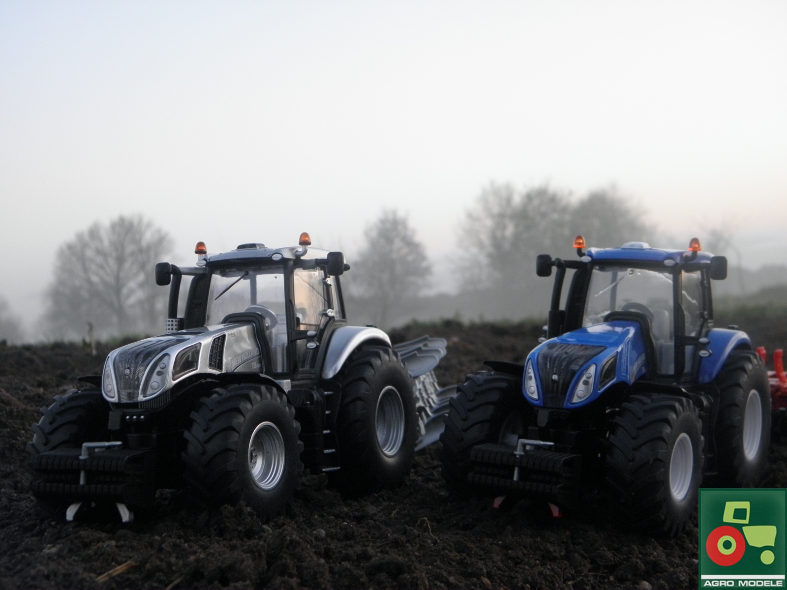 New Holland T8 420 & New Holland T8 390