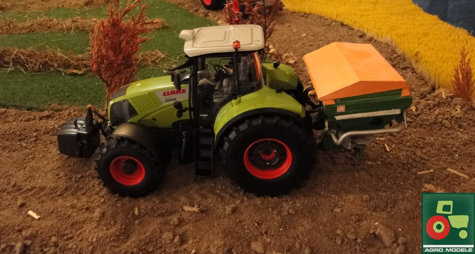 Claas Axion 850 & Amazone