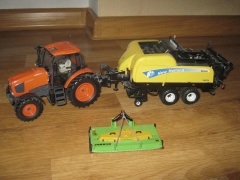 Kubota & New Holland BB 9080