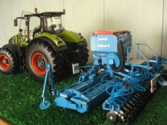 Lemken Solitar 9 i Claas Axion 950