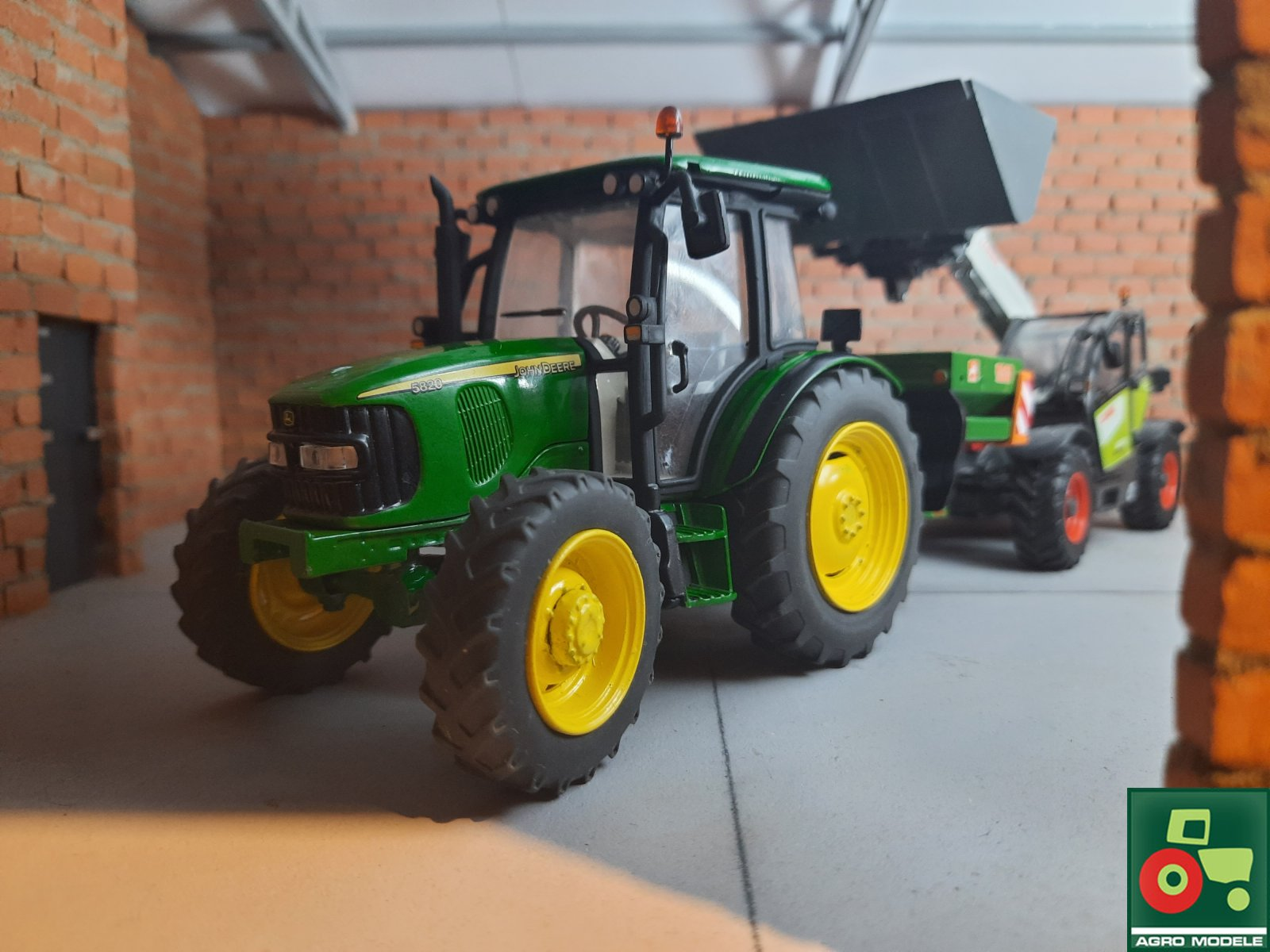 JD 5820 & Amazone ZA-M & Claas Scorpion 6030cp